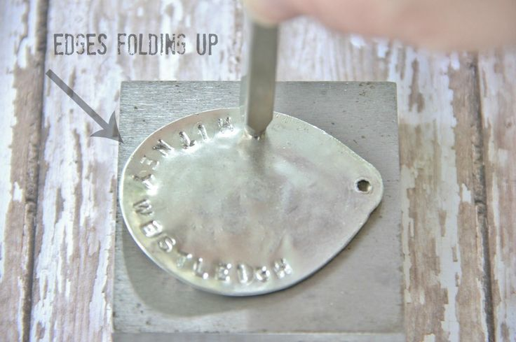 Thistlewood Farms shares her tutorial for making these creative silver spoon stamped necklaces. Create a personalized gift for your family this holiday.
