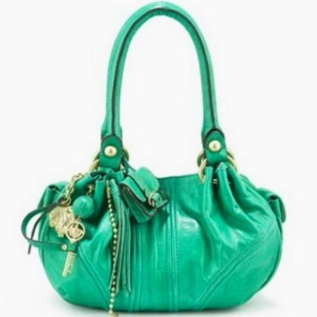 Coach <3Fashion, Coaches Bags, Spring Colors, Green Handbags, Couture Handbags, Juicy Couture Purse, Accessories, Purses Bags, Purses 3
