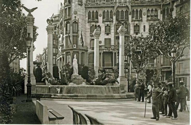 1888 best barcelona antigua images on pinterest barcelona city barcelona spain and old pictures - Casa luthier barcelona ...