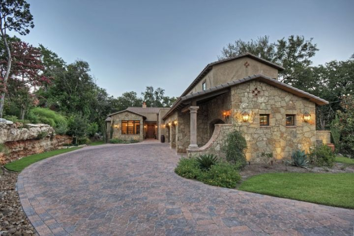 105 best images about hacienda style homes on pinterest for Small hacienda house plans