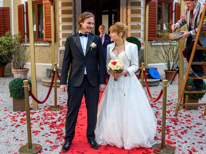 Sturm Der Liebe Heiraten William Und Rebecca Schon Bald Sturm Der Liebe Hochzeitskleid Spitze Sturm