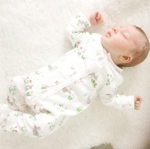 How to survive the first month of motherhood - Baby Luno