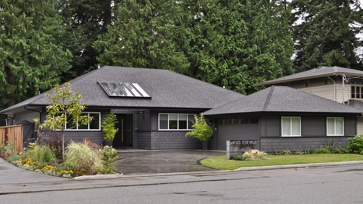 Transitional Front Elevation - North Vancouver