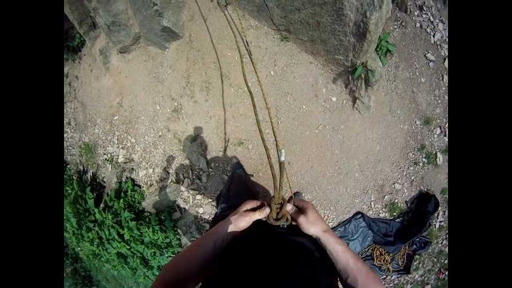 Klettern am Kapplerstein bei Bad Berleburg! Bitte nur mit geeigneter Ausrüstung.Anleitung gibt es unter anderem bei Marc Sonneborn (Sport und Fun am Rothaarsteig)