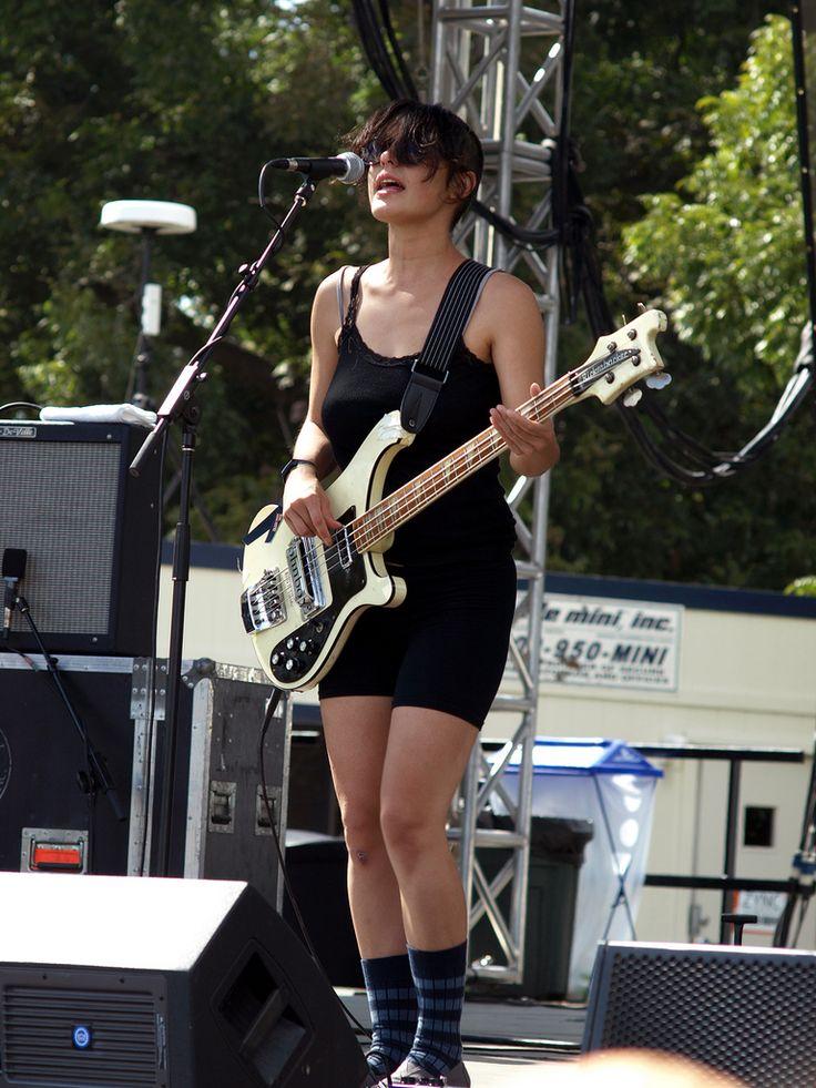 Jenny Lee Lindberg of Warpaint