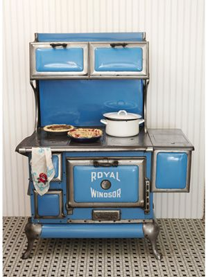 This steel-and-iron Royal Windsor, manufactured on behalf of Montgomery Ward, sold for around $80 in the 1920s.