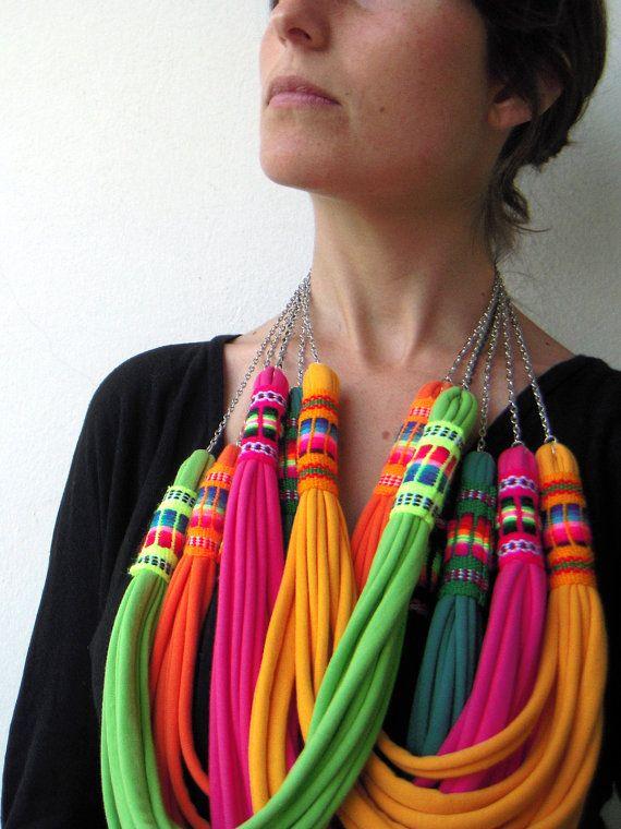 The peruvian necklace handmade in yellow por birdienumnumshop