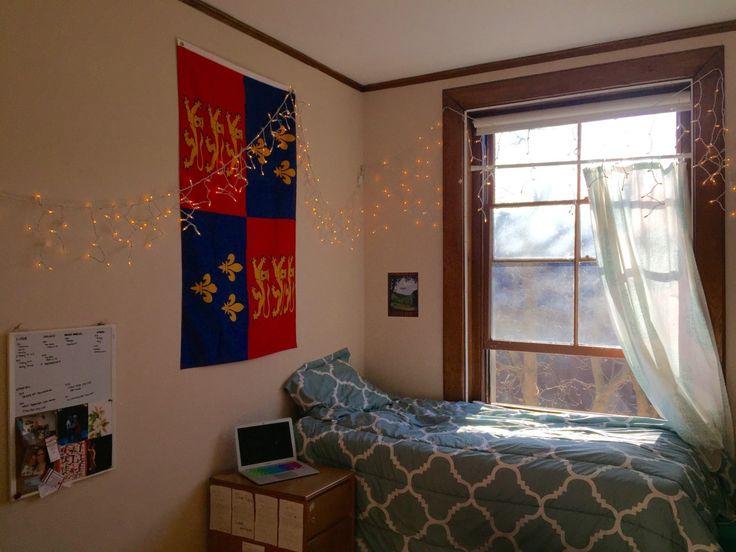 376 best College Dorm Inspo images on Pinterest   Bedroom ideas ...