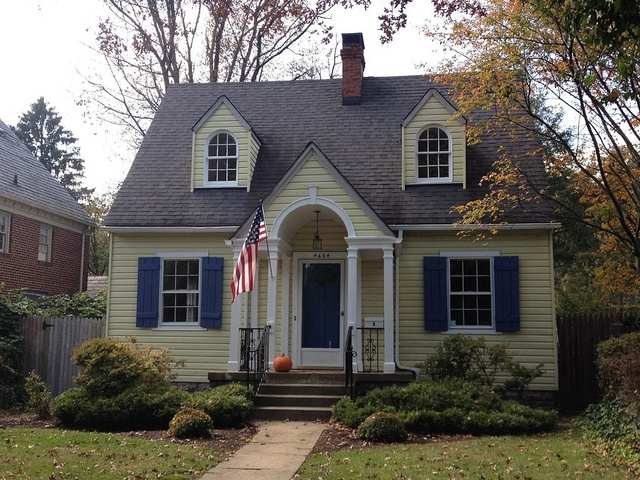 17 best images about house colors for houses with dormer for Cape cod house with porch