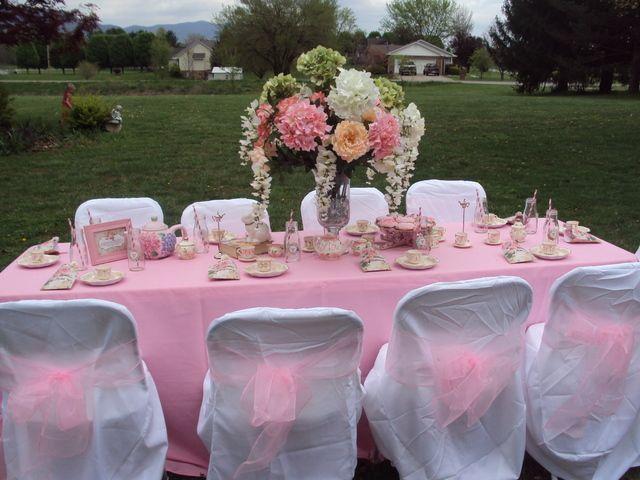 Pretty outdoor table: Birthday Shabby, Tea Party Birthday, Party'S, Catch My Party, Birthday Parties, Teas, Mad Tea Parties, Birthday Party Ideas, Photo