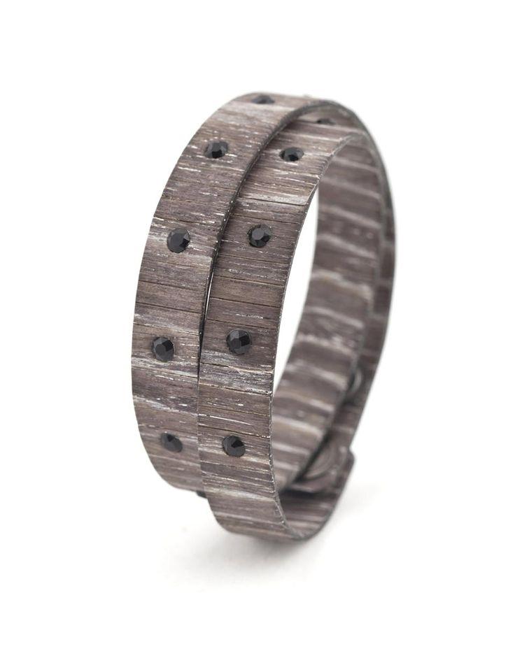 BAD CHIC ROVERE INGRIGITO #bracelet #fashion #woodbracelet #wood #design #madeinitaly