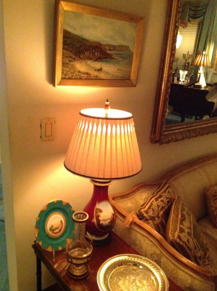 Custom pleated lamp shade