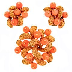 Van Cleef & Arpels Coral Beads & Yellow Gold Pin & Earrings