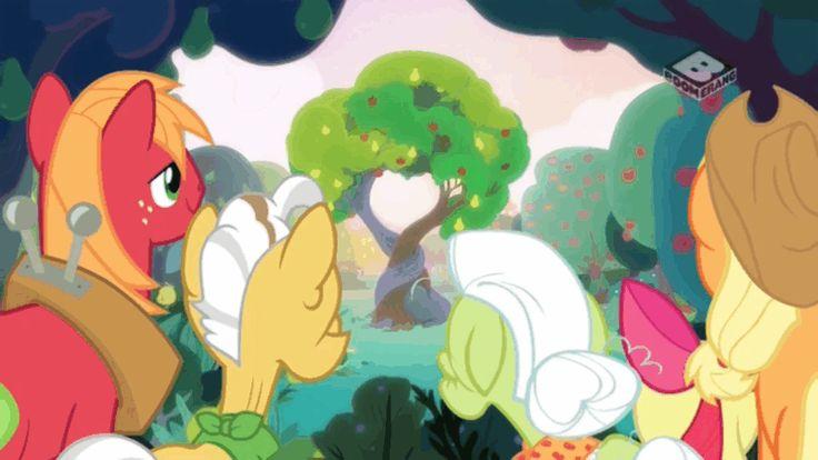 #1467694 - animated, apple bloom, applejack, big macintosh, boomerang (tv channel), grand pear, granny smith, safe, screencap, spoiler:s07e13, the perfect pear - Derpibooru - My Little Pony: Friendship is Magic Imageboard