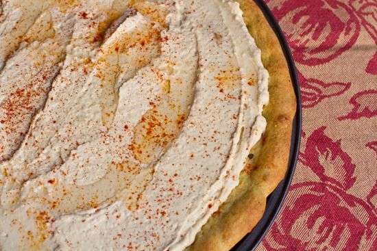 hummus pizza with curry crust | Healthier Eating | Pinterest