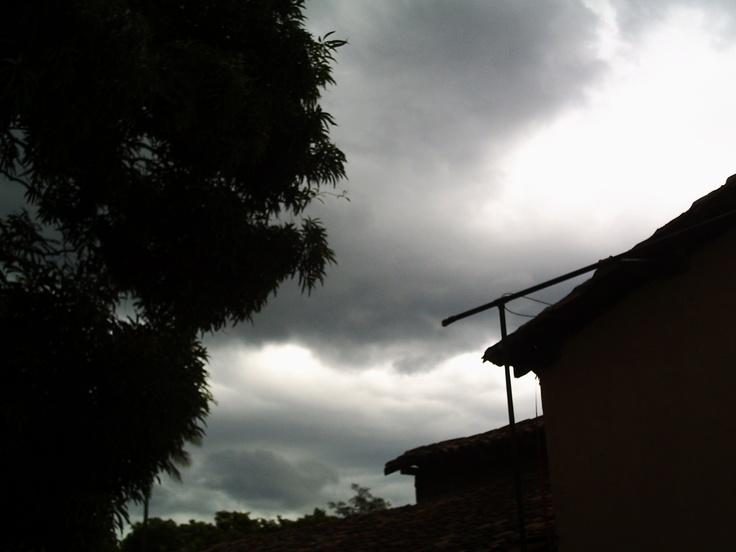 Tempestad sobre Suchitoto