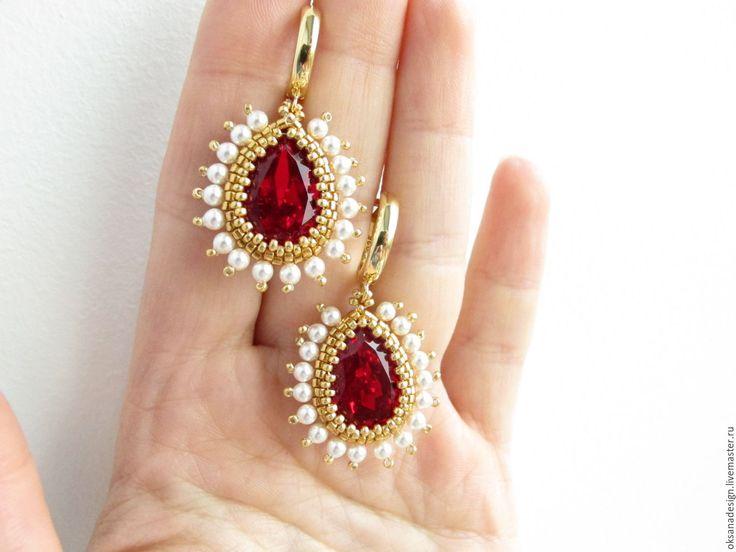 Купить Рубиновые серьги  из бисера с жемчугом и кристаллами Сваровски - бордовый, летние украшения, яркие украшения