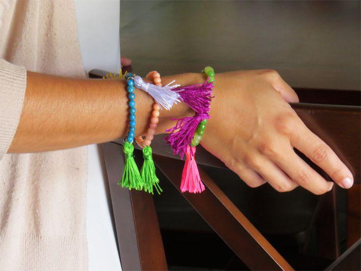How to make a tassel stretchy bracelet | Alonso Sobrino Hnos. Co. & Inc. Druzy Beads and Fabrics