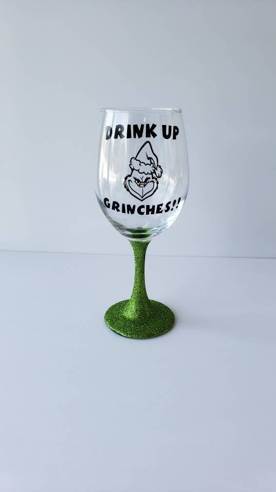 20 Oz Grinch Wine Glass With Glitter Green Stem Drink Up Grinches Christmas Wine Glass The Grinch Who Stole Christmas With Images Grinch Wine Glass Wine Glass Christmas Wine