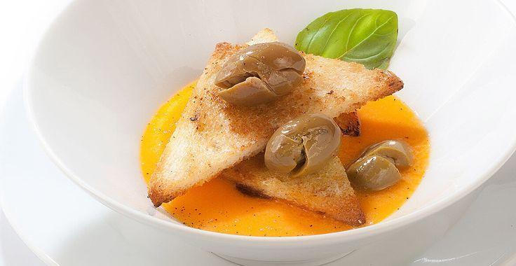 Ricetta Gazpacho con olive schiacciate Nocellara Etnea - Ricette con le Olive