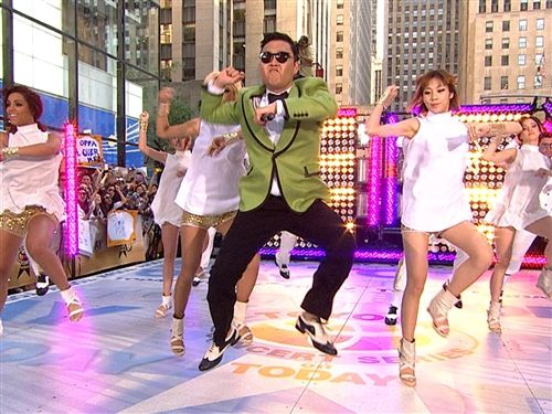 "Psy performs ""Gangnam Style"" on NBC's 'Today Show'"