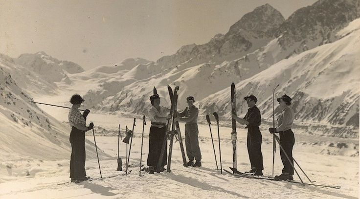 1931 Tasman Glacier Skiing - Mt Cook New Zealand