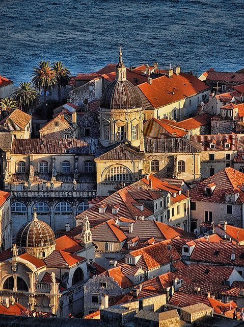 A travel board about Dubrovnik Croatia. Includes things to do in Dubrovnik, Dubrovnik nightlife, Dubrovnik food, Dubrovnik tips and much more about what to do in Dubrovnik. -- Have a look at http://www.travelerguides.net , Croatia