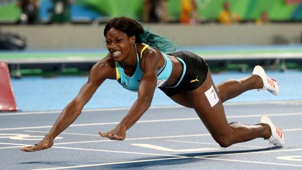 Shaunae Miller dives for 400m gold, upsets American Felix