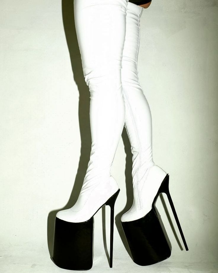 Black&white #latex #12inch #high #heels #highheels #shoes #shoeporn #shoegasm #shoegram #shoestagram #pleaser #pleasure #pleasershoes #aerials #poledance #poleshoes #polelife #poledancenation #boots #black #white