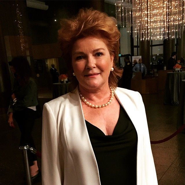 17 best images about kate mulgrew on pinterest tv guide for Mirror janeway