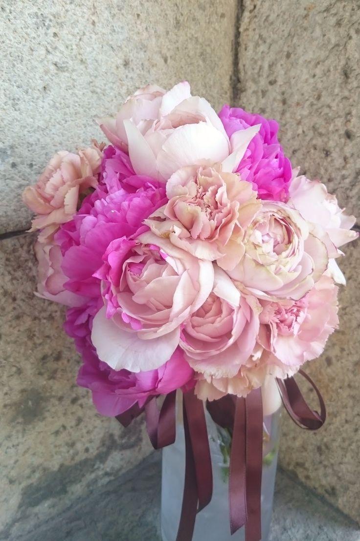 #vressetRose #Wedding #girlychic#smokypink #bouquet #clutcfbouquet #natural#Flower #Bridal #ブレスエットロゼ #ウエディング#ピンク #スモーキーピンク #ブーケ #カラーブーケ #ガーリー#クラッチブーケ#シャクヤク#バラ#花 #ブライダル#結婚準備#結婚式