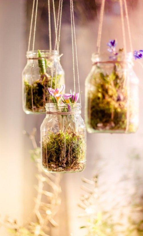 Coole Blumenampeln aus alten Joghurtgläsern und Kordeln selber machen