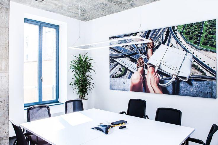 #officedropin #justfab Inside of Just Fabs Berlin Office.