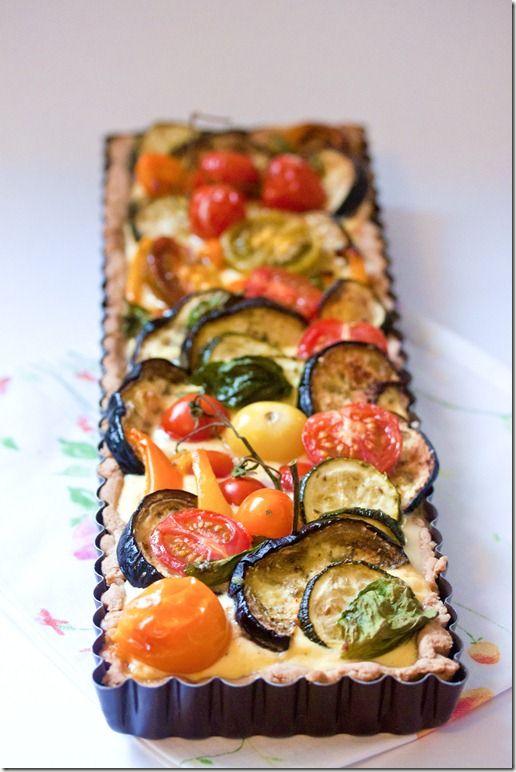 Torta Salata alle Verdure con Crema di Uova, Feta e Formaggio Spalmabile e Pasta Frolla alla Segale con Yogurt Greco