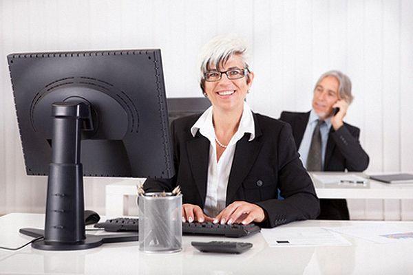 Why Great Posture at Work Will Make You Happy - Invest in Ergonomic Office Furniture | Comment une bonne posture au travail vous rendra heureux - Investissez dans du mobilier de bureau ergonomique