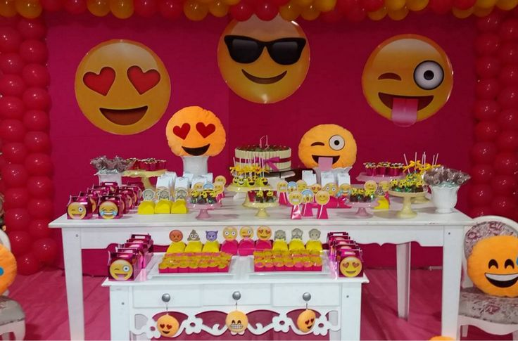 135 best images about emoji theme party on pinterest - Manualidades para fiestas ...