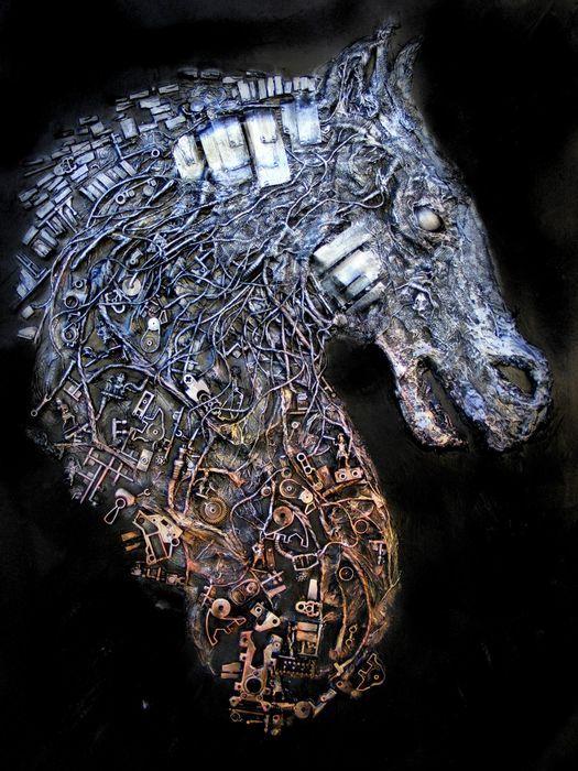 Luciano Perna - Paard van Troje  Techniek: assemblage op canvasLengte: cm 50 x 70In uitstekende staat - zonder lijst.2012 - mixed media werken geboren uit de manipulatie van de media om driedimensionaliteit van vormen bestaande uit koper ijzer hout papier en acrylverf te bereiken.Geboren in Napels de kunstenaar aanwezig bij de Liceo Artistico en werkte als grafisch ontwerper.In 1997 behaalde hij een graad in het behoud van cultureel erfgoed en vervolgens gespecialiseerd in de geschiedenis…