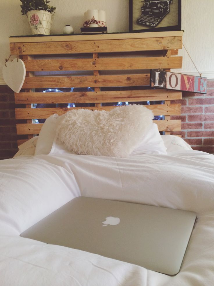 Perfect bedroom #love #macbook #apple # bed #lights