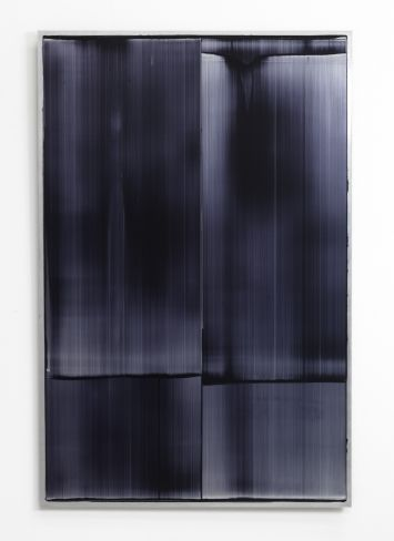Noel Ivanoff, Slider – Black 1, 2014, oil on aluminium panel, 1220 x 800mm