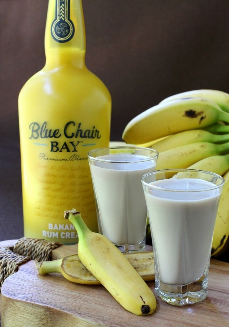 Bananas Foster Shots is a must do for your next get-to-gether.  These are so delicious and creamy, kinda hard not to have just one.        Prep Time:   2 min         Yields:   #bananas foster shots #blue chair bay bnana rum cream #brandy #brown sugar