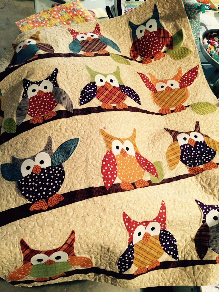 Applique quilt patterns · Okey Dokey Owl and Friends Quilt for Extra Special People & Best 25+ Owl quilts ideas on Pinterest | Owl baby quilts ... pillowsntoast.com