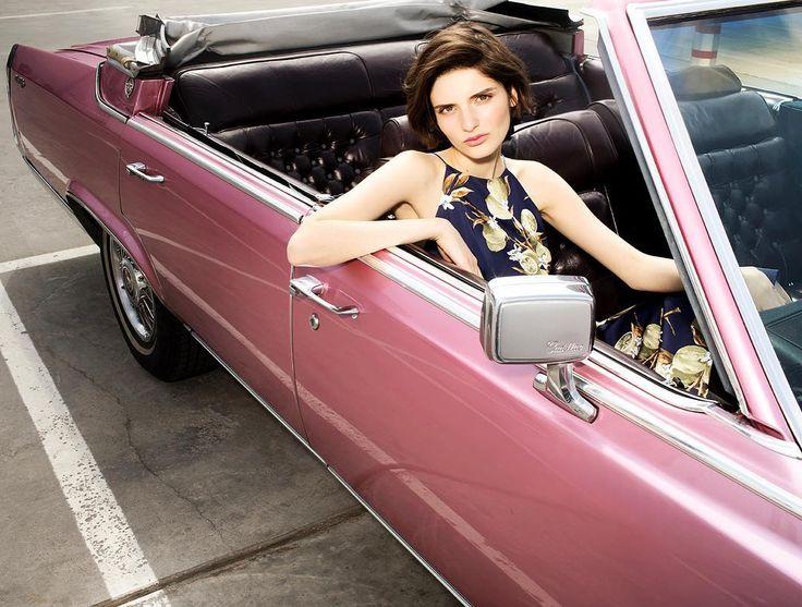 """Твой триумф женственности и феминизма - коктейльное платье с лимонным принтом🍋 Очаровывай красотой и не бойся показать свою силу на контрасте с хрупкостью!🙌🏼 Мы верим в тебя и в твое потрясающее лето✨  Платье прямого кроя ниже колена, итальянский шелк😍 в наличии, цена 1199 грн👌🏼  📍MARSEE'S: Киев, ТРЦ """"Проспект"""", Dream Town, Lavina Mall.  #marsees #summer2017 #coctaildress #citrus #lemondress #cabriolet #cadillac"""