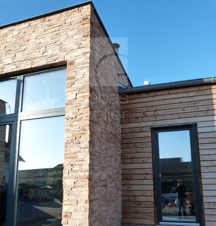 V domě jsou použity okna s trojsklem / On the house are used windows with triple glazing