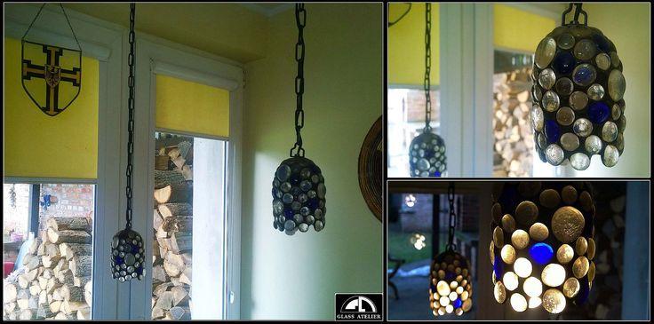 lampa z oczek szklanych #glassatelier , #witraże , #stainedglass , #witraze , #lampa
