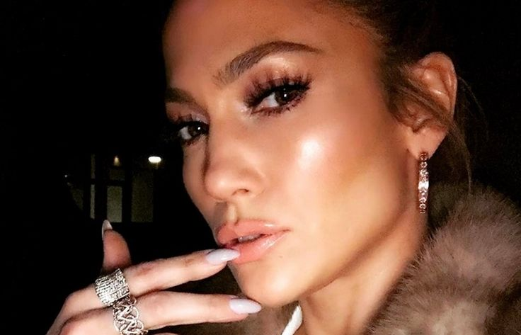 Presentador dominicano tacha de promiscua a Jennifer Lopez (VIDEO)  #EnElBrasero  http://ift.tt/2o2NdC1  #extremoaextremo #jenniferlopez #michaelmiguelholguín