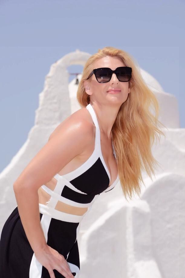 Mykonos, the hot summer destination | GeorgiaPapadon