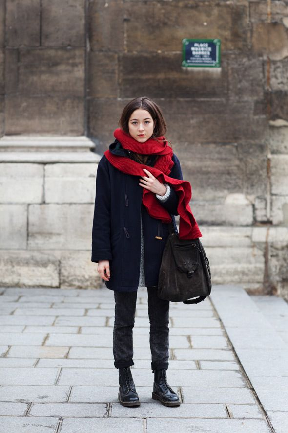 http://www.thesartorialist.com  A great blog for some worldwide fashion inspo. Love that scarf.