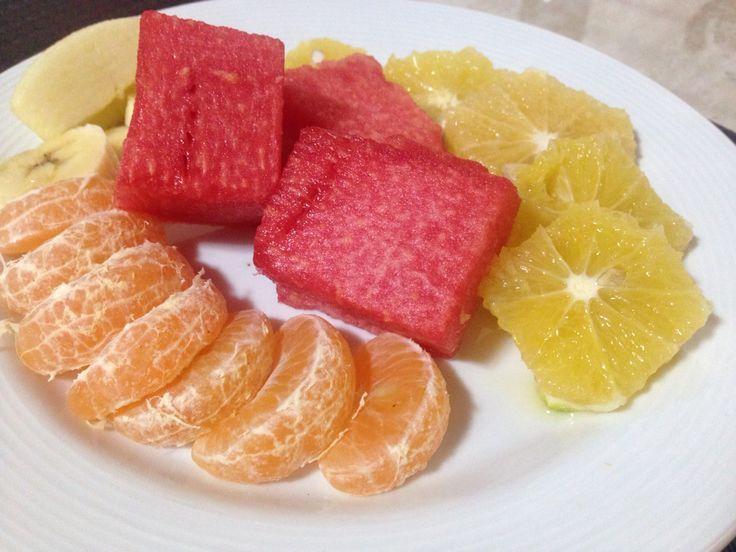 Rico desayuno - frutas !!