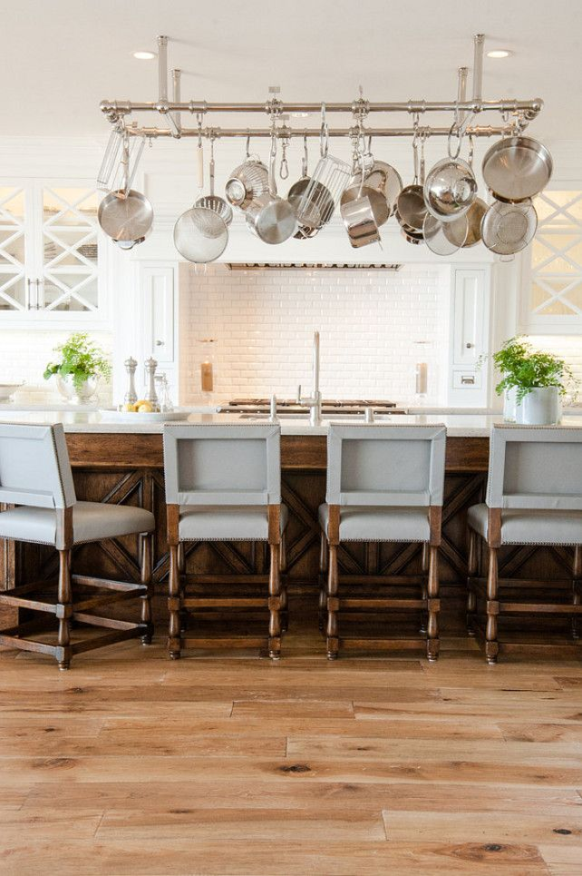 Kitchen Stools. Kitchen counter stool ideas. The counter stools in this kitchen are timeless and tailored without being boring. #KItchen #CounterStool