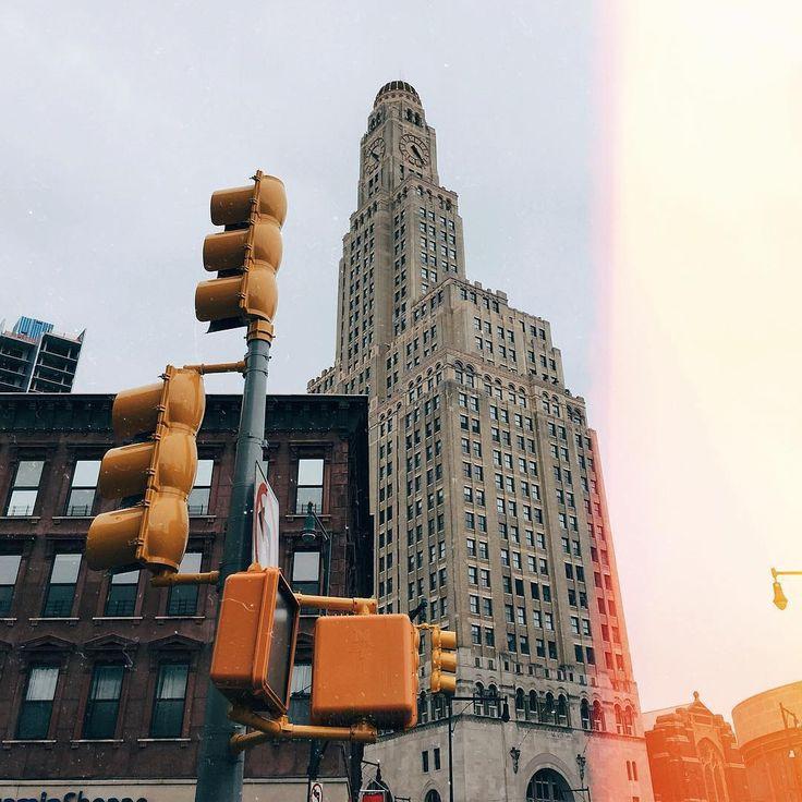 Photo by @katyaprihod  Tag someone you want to share this photo with  #NewYork #NewYorkCity #newyorker #NewYorkNewYork #NYC #bigapple #nyclife #USA #America #thebigapple #UnitedStates #city #citylife #view #bigcity #vsco #vscocam #photogrid #photo #vsconyc #instagramers #instagrammers #instamood #street #view #architecture